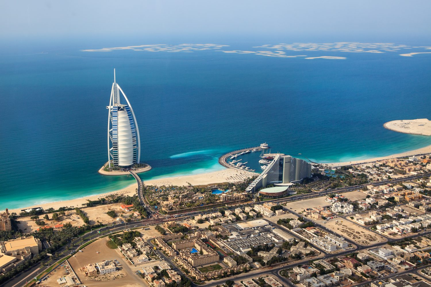 Move to Dubail - Dubai, UAE. Burj Al Arab fr